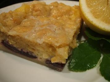 Backen: Vanille-Zitronenschnitte mit Kirschen und Streusel - Rezept - Bild Nr. 952