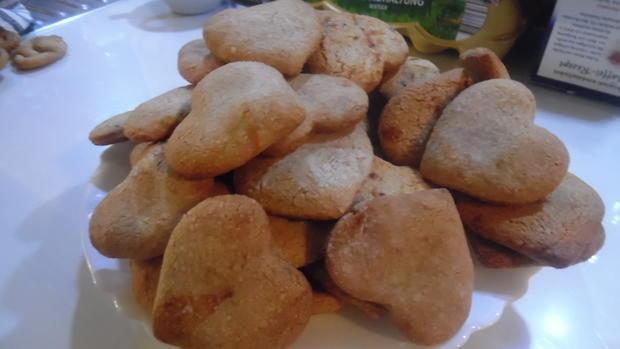 Lebkuchenherzen, fruchtig gefüllt - Rezept - Bild Nr. 1000