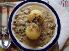 Waldpilz-Zwiebel-Rahmsauce mit Kartoffelknödeln - Rezept - Bild Nr. 1031