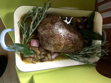 Pauls Braten: Rinderbraten an Kartoffel-Selleriestampf und Morchelsauce - Rezept - Bild Nr. 2