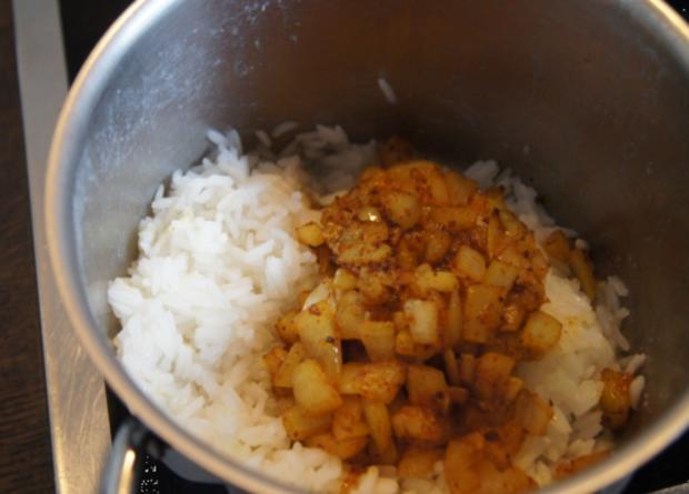 Hähnchenbrustfilet-Zwiebel-Schaschlik mit Currysauce süß-sauer und Zwiebel-Curry-Reis - Rezept - Bild Nr. 1161