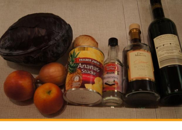 Kalbsrouladen mit Ananas-Apfel-Rotkohl und Tschechischen Hefeteig Klößen - Rezept - Bild Nr. 1115