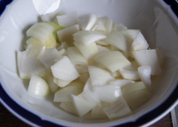 Kabeljau Filet auf Paprika-Gemüsezwiebel-Gemüse - Rezept - Bild Nr. 1202