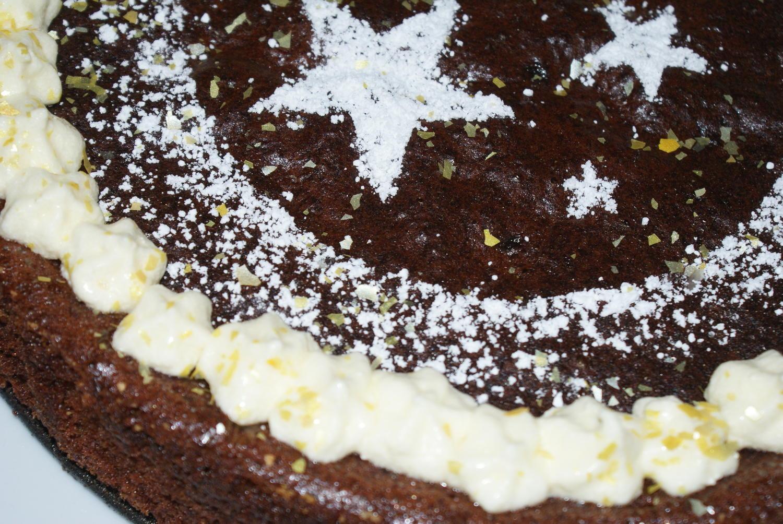 glutenfreier schokoladenkuchen zu weihnachten rezept. Black Bedroom Furniture Sets. Home Design Ideas