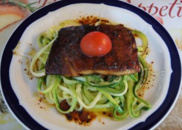 Wildlachsfilet auf Zucchini-Spaghetti - Rezept - Bild Nr. 1215