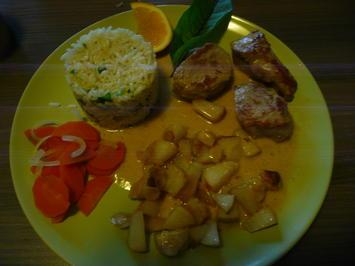 Rezept: 1. Advent : Schweine Medaillions an Reis + karamellisierten Birnen + Mandeln.