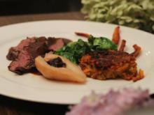 Hirschfilet mit Juis, Süßkartoffel und Rosenkohlblätter - Rezept