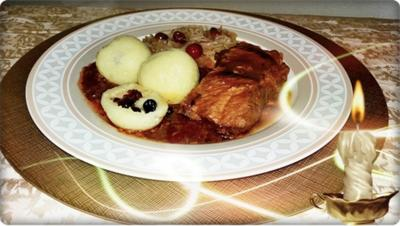 Gefüllte Klöße mit Cranberries  die jedes Fleischgericht verfeinern - Rezept - Bild Nr. 1329