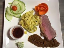 Roastbeef mit Chicorée an Kirsch-Senf-Sauce - Rezept - Bild Nr. 1365