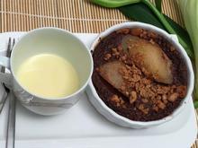Gebackene Birnen mit weißer Schokoladen-Brandy-Soße - Rezept - Bild Nr. 1365