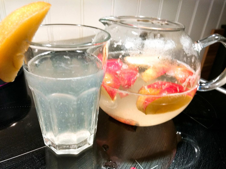 5 Wasser mit Apfelessig Trinken und Zitronensaft Rezepte - kochbar.de
