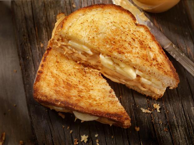 Erdnussbutter-Bananen-Sandwich - Rezept - Bild Nr. 2