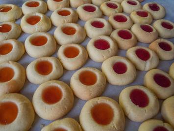 Plätzchen: Engelsaugen rot und gelb - Rezept