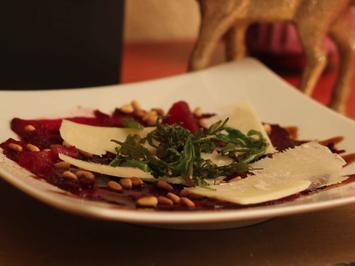 Rote Bete Carpaccio mit Rucolastroh - Rezept