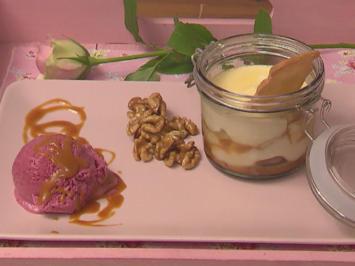 Schokoladentraum mit salziger Karamellsoße, dazu Glühwein-Beeren-Eis - Rezept - Bild Nr. 2