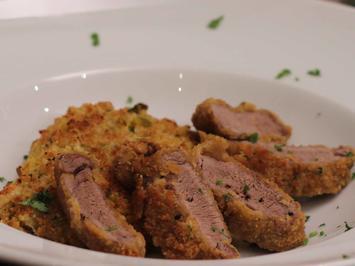 Rezept: Wildschweinschnitzel Wiener Art, dazu Orangen-Fenchel-Risotto mit Parmesankruste