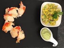 Lauwarme Languste auf Avocado-Limettencreme an thailändischem Mangosalat - Rezept