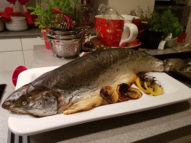 """Fisch / Lachs = ein """"Ganzer"""" Lachs mit Zitronenbuttersosse  à la Biggi - Rezept - Bild Nr. 10"""