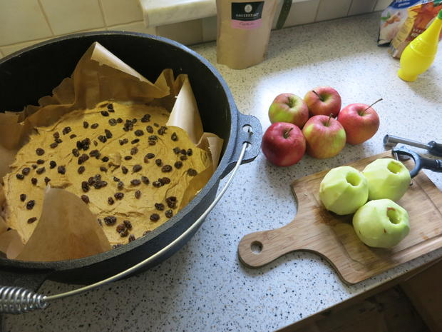 Apfelkuchen aus dem DutchOven - Rezept - Bild Nr. 1474