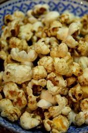 Rezept: Zimt-Vanille-Popcorn mit Kokosöl