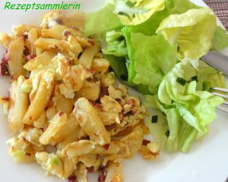 Rezept: Kartoffel:   KLOßSTIFTE mit Schinken + Ei