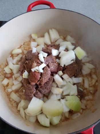 Fleisch / Rind = Zwiebelfleisch als Gulasch à la Biggi  - Rezept - Bild Nr. 4