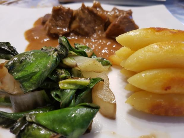 Fleisch / Rind = Zwiebelfleisch als Gulasch à la Biggi  - Rezept - Bild Nr. 16