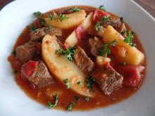 Paprika-Gulasch mit Kartoffeln - Rezept - Bild Nr. 1515