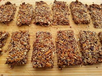 Nussriegel mit Cranberry und Quinoa (12 Riegel) - Rezept - Bild Nr. 1518