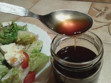 Rezept: Riduzione del condimento bianco con mela, pera e rosmarino