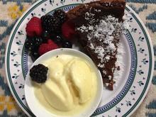 Torta Caprese mit Ingwer-Eis - Rezept - Bild Nr. 2