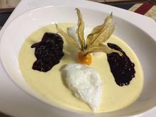 Schneeballen mit Heidelbeeren in Vanillesauce - Rezept - Bild Nr. 2