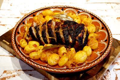 Rezept: Knusprige Putenoberkeule mit Kartöffelchen nach Ana´s Art