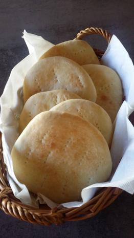 Griechisches Pita-Brot - Rezept - Bild Nr. 1739