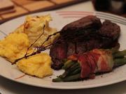Hasenrücken-Filet mit Rotweinreduktion, zweierlei Kartoffeln und Prinzessbohnen - Rezept - Bild Nr. 2
