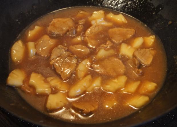 Schweinefilet-Ananas-Wok mit Curry-Basmatireis - Rezept - Bild Nr. 1734
