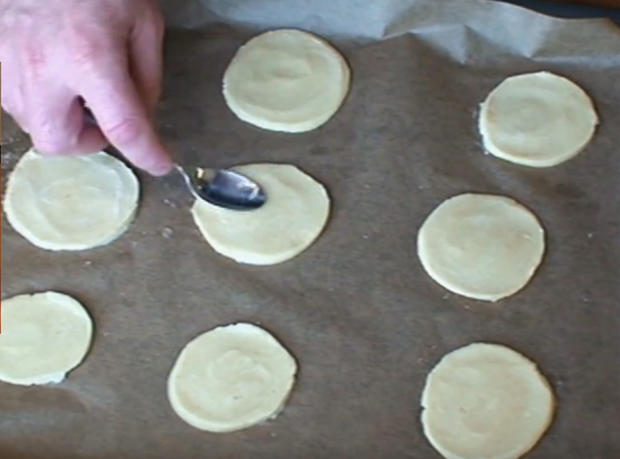 Mazu12, Zitronenkekse mit Zitronen-Buttercreme Füllung. - Rezept - Bild Nr. 2062