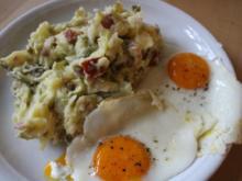 Salzbohnenkartoffelpüree mit Cabanossi und Spiegelei - Rezept - Bild Nr. 2079
