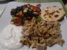 Manti mit Joghurt-Knoblauch-Soße und Paprika-Butter - Rezept - Bild Nr. 2101
