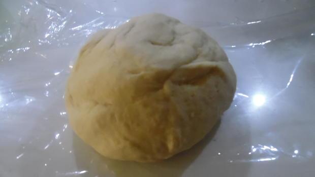 Manti mit Joghurt-Knoblauch-Soße und Paprika-Butter - Rezept - Bild Nr. 2107