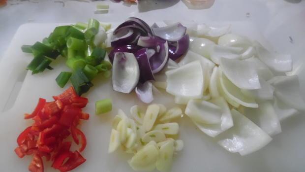 Lammkeule in Honig-Knoblauchsoße mit Paprika-Gemüse - Rezept - Bild Nr. 2134