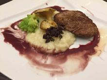 Überbratene Rinderfiletscheiben in Rotwein mit handgerührtem Risotto - Rezept - Bild Nr. 2166