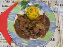 Hähnchenleber mit Paprika, Zwiebel und gelben Basmatireis mit Erbsen - Rezept - Bild Nr. 2202