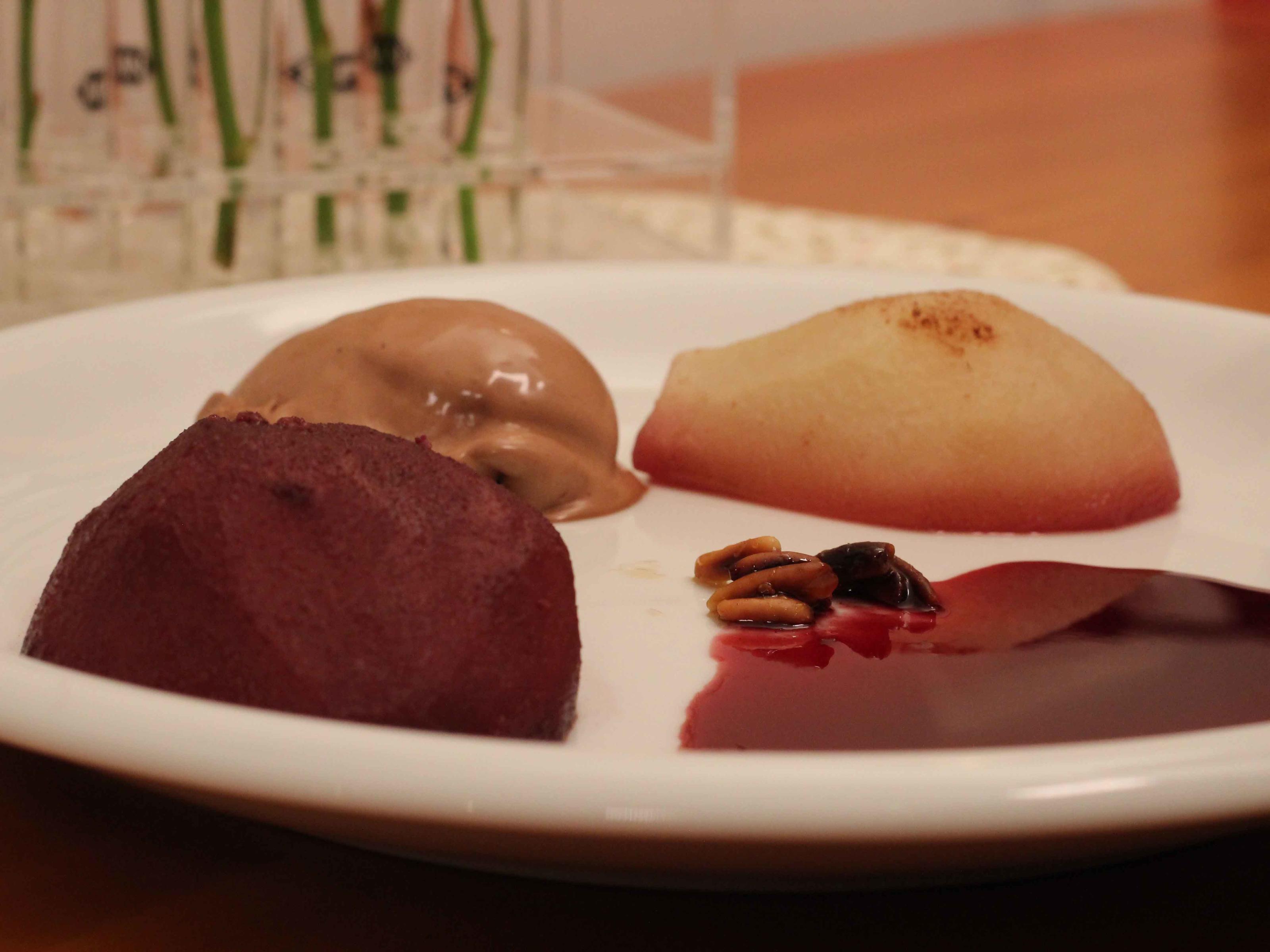 Birnen in Rotwein Rezept Eingereicht von Das perfekte Dinner