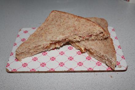 Mango-Marmeladen-Toast mit Zuckerstreusel (vegan) - Rezept - Bild Nr. 2345