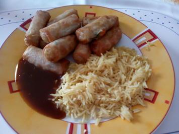 Gebratener Reis mit Frühlingsrollen und Ketchup (vegetarisch) - Rezept - Bild Nr. 2327