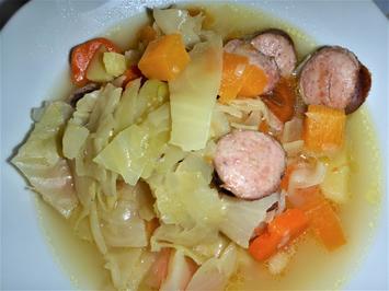 Kohlsuppe mit Kochwurst, Möhren und Steckrübe á la Britta - Rezept - Bild Nr. 2352