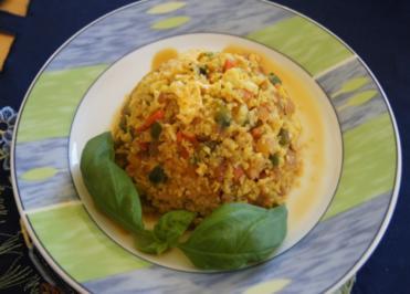 Nasi Goreng mit Curry-Blumenkohl-Reis - Rezept - Bild Nr. 2378