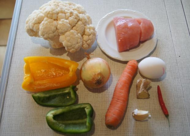 Nasi Goreng mit Curry-Blumenkohl-Reis - Rezept - Bild Nr. 2380