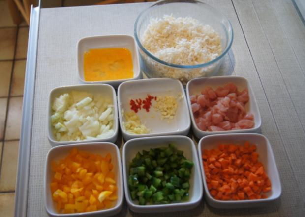 Nasi Goreng mit Curry-Blumenkohl-Reis - Rezept - Bild Nr. 2383